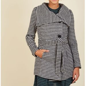 ModCloth Houndstooth Coat